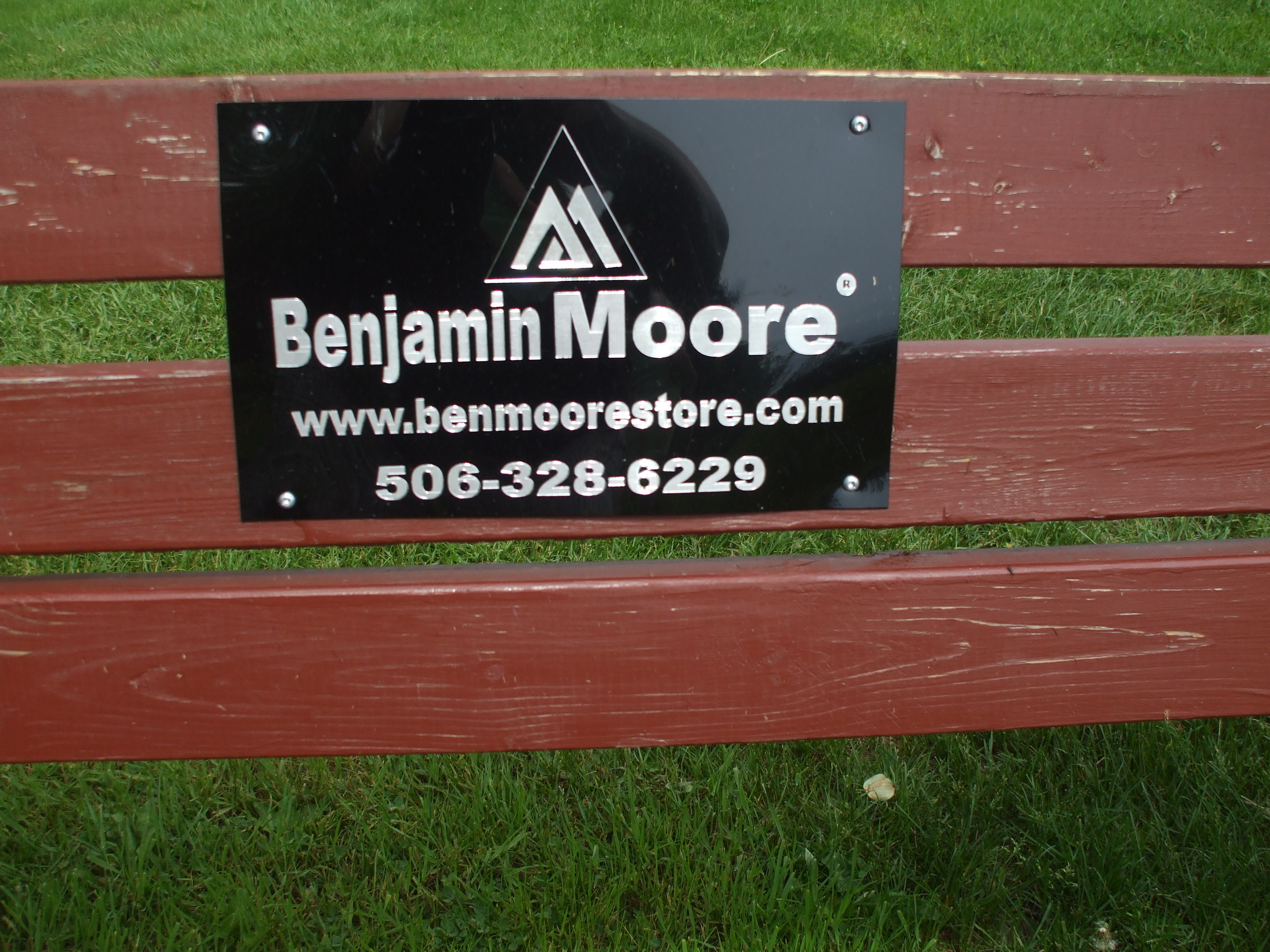Bench Moore - Bench Sign